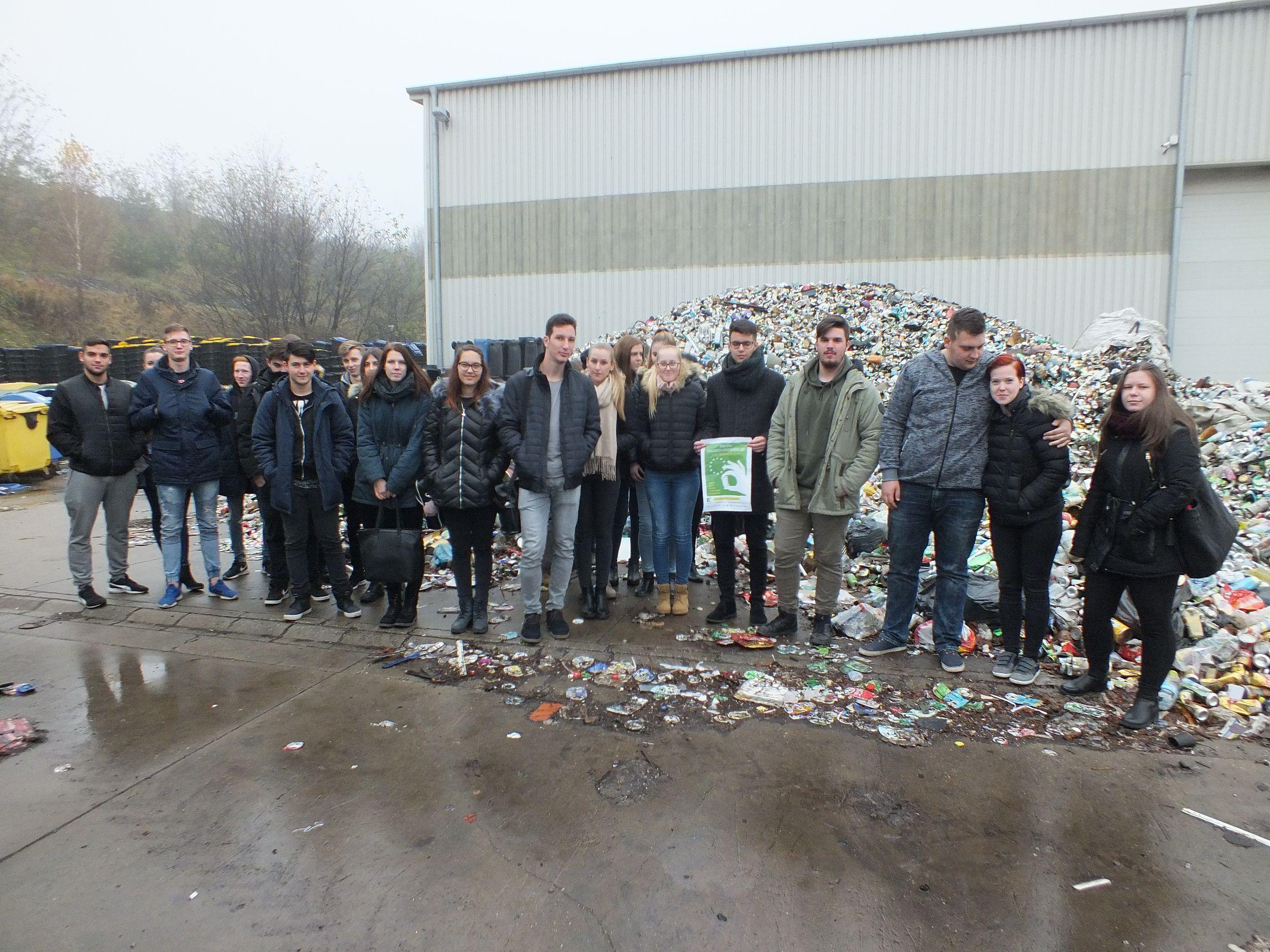Európai Hulladékcsökkentési Hét – Hulladéklerakó és újrafeldolgozó